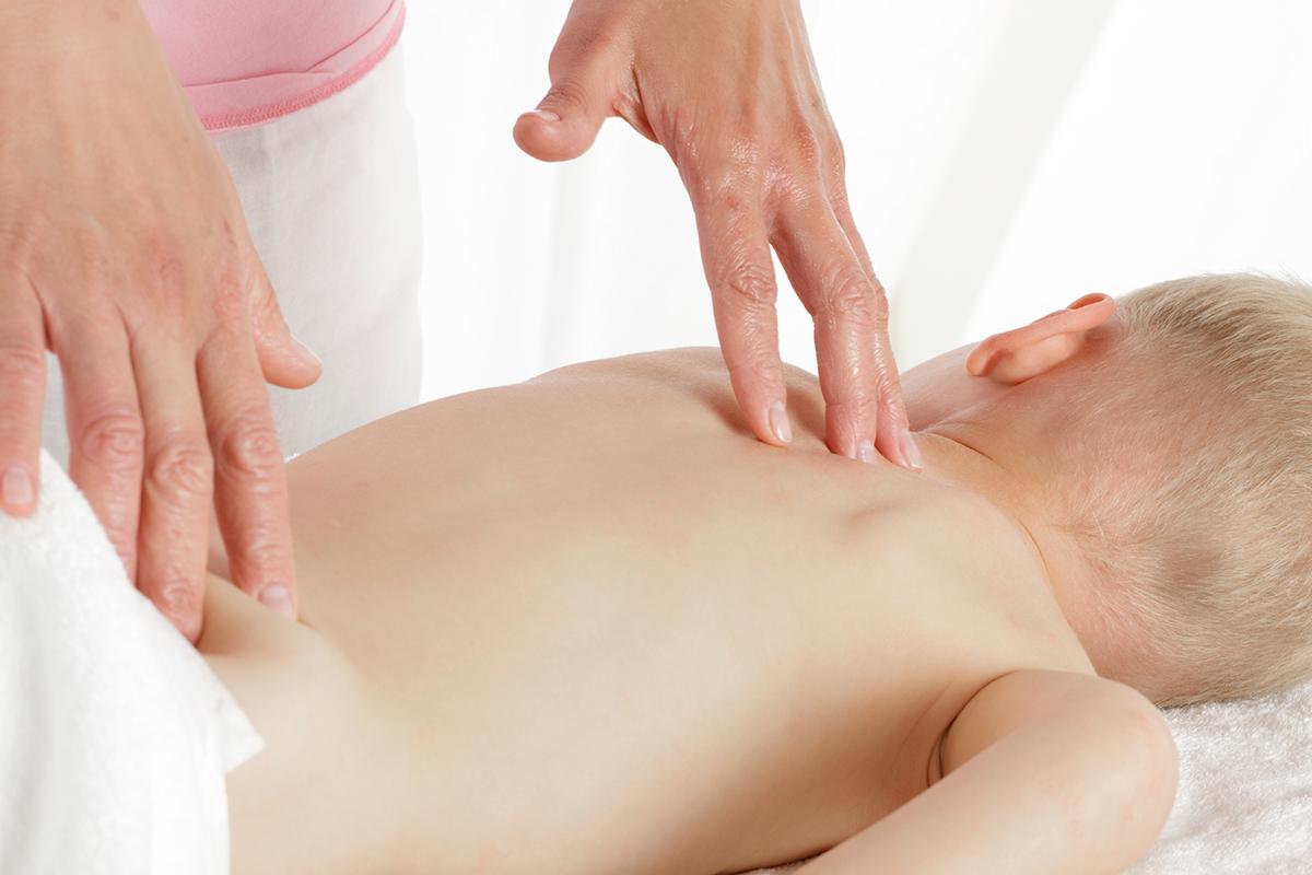 Неоценимая польза детского массажа