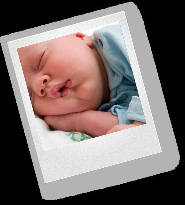 Новорожденного вырвало после кормления — нужно ли начать беспокоиться?